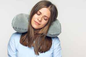 choose the best travel pillow for long haul flights